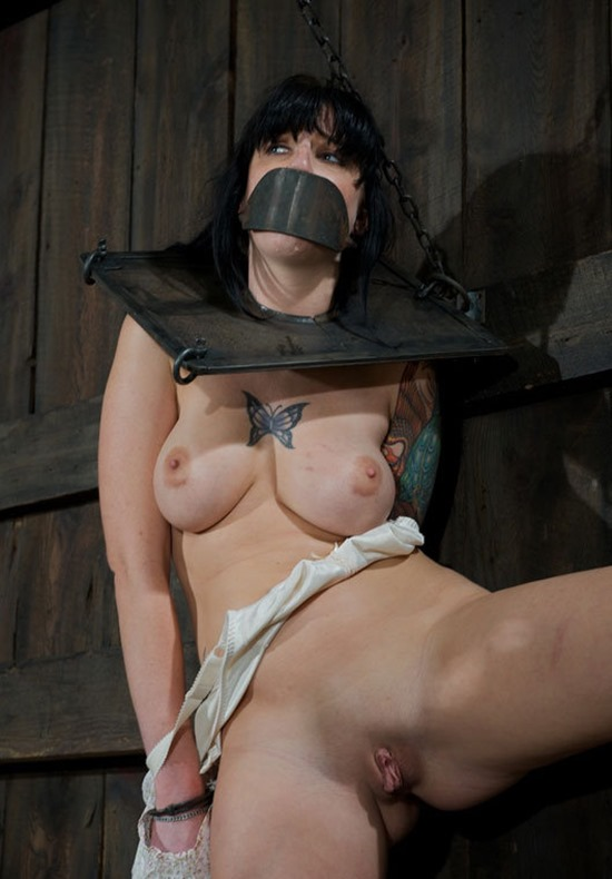 dungeon girl ball gagged
